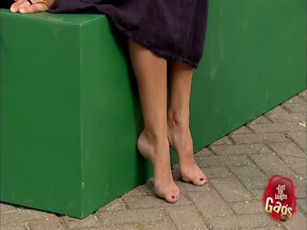 Nachytávka - Obě nohy levé