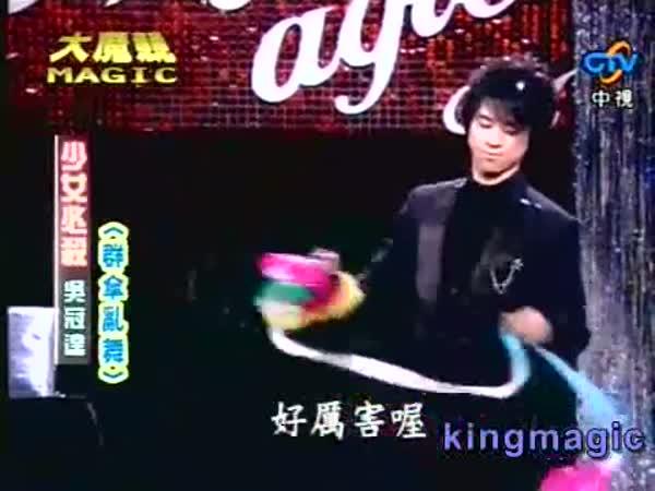 Kouzelníkovy triky s deštníky