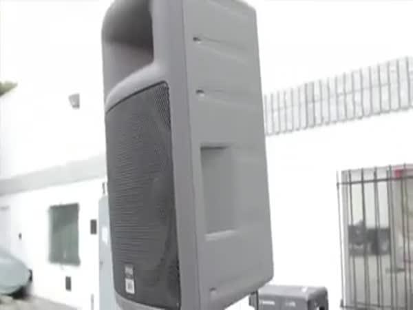 Nachytávka - Auto na kolejích
