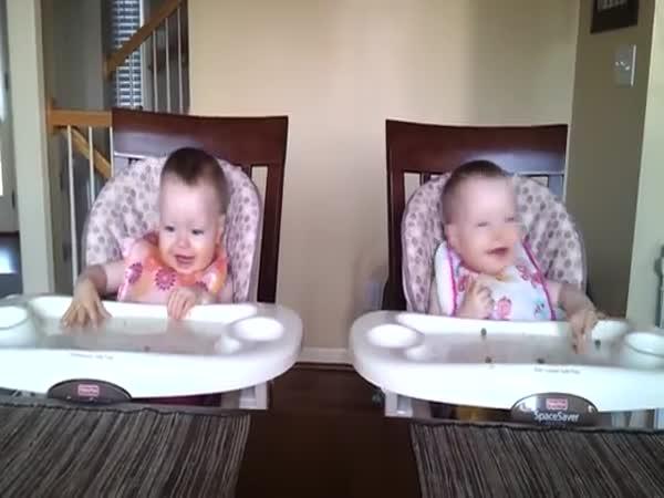 Nejroztomilejší dvojčata