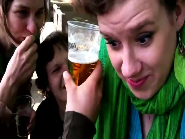 Pití piva uchem