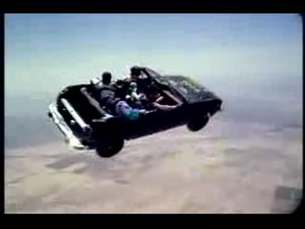 Ideání sport pro milovníky aut a létání