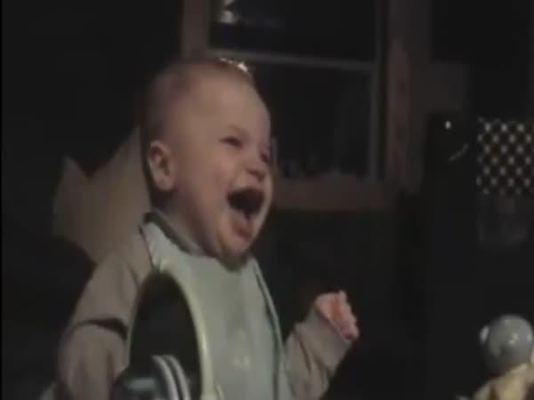 Smějící se dětičky