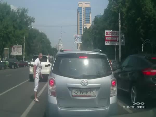 Originální řešení práva na silnici