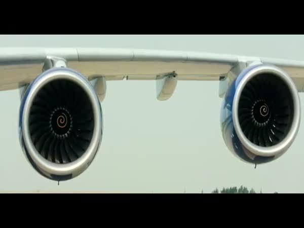 Závod: Člověk vs letadlo