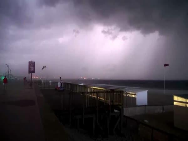 Děsivá bouře nad Belgií
