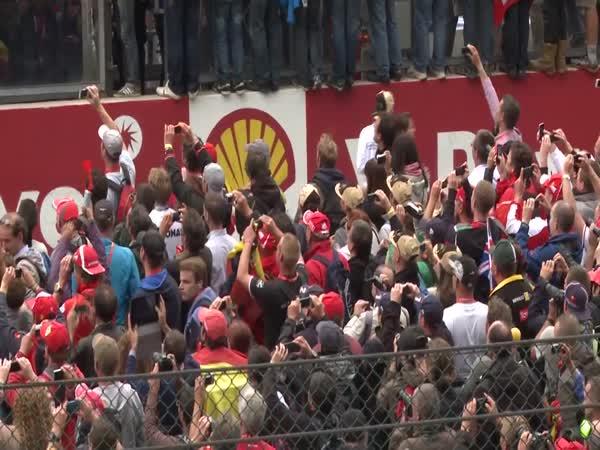 Greenpeace aktivita během F1