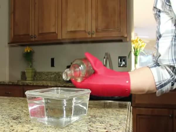 Jak naplnit lahev vodou