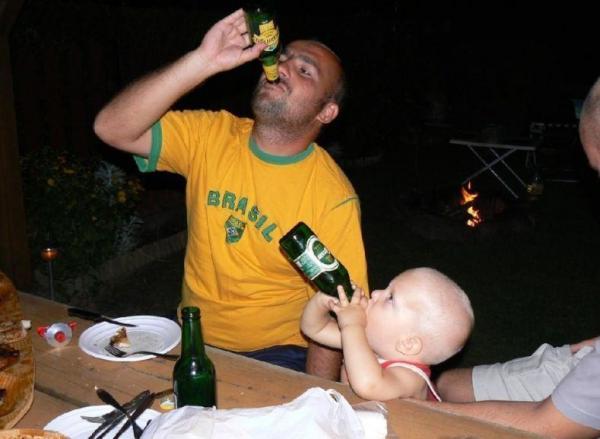 OBRÁZKY - Za vším hledej alkohol #18