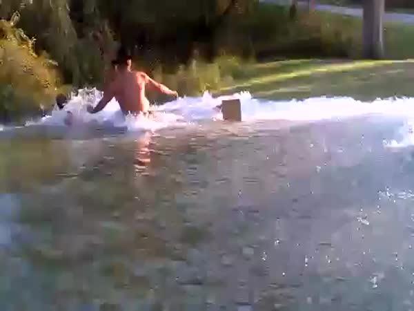 Originální vypuštění bazénu