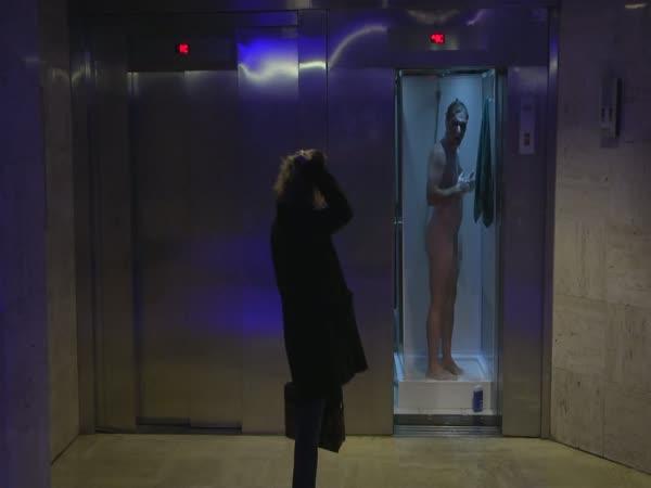 Nachytávka - WC a sprcha místo výtahu