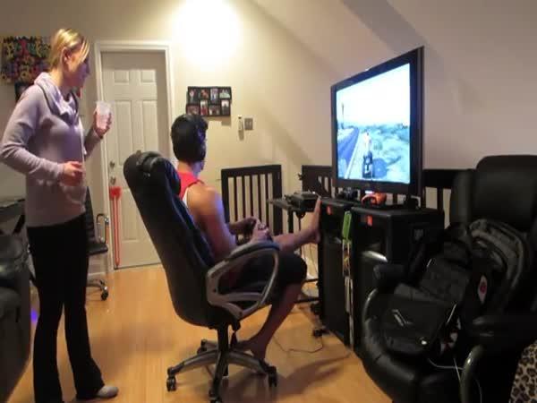 Přítelkyně žárlí na GTA 5