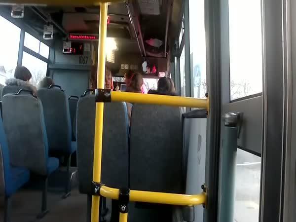 Česká republika - Hádka v autobuse