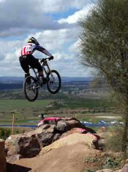 Jak zkazit trasu pro Downhill