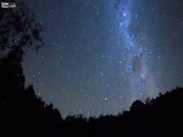 Timelapse - 42 hodin hvězd