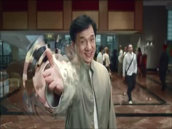 Vtipná reklama s Jackie Chanem