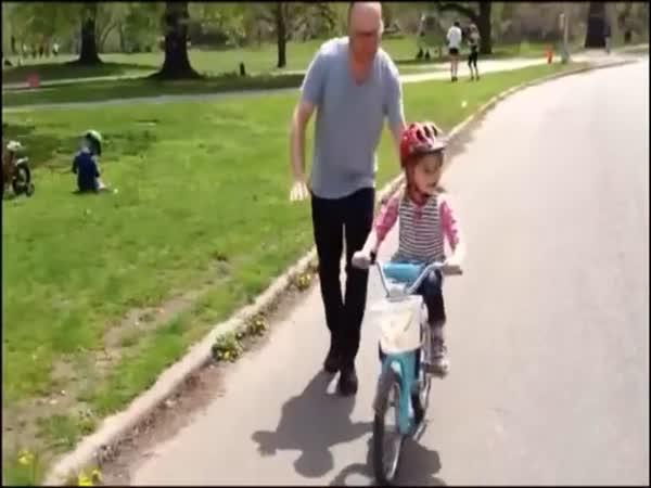Kouzlo otcovství [reklama]