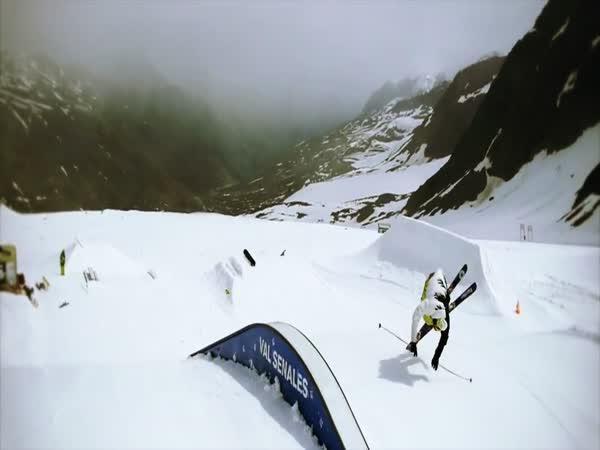 Neuvěřitelné triky na lyžích