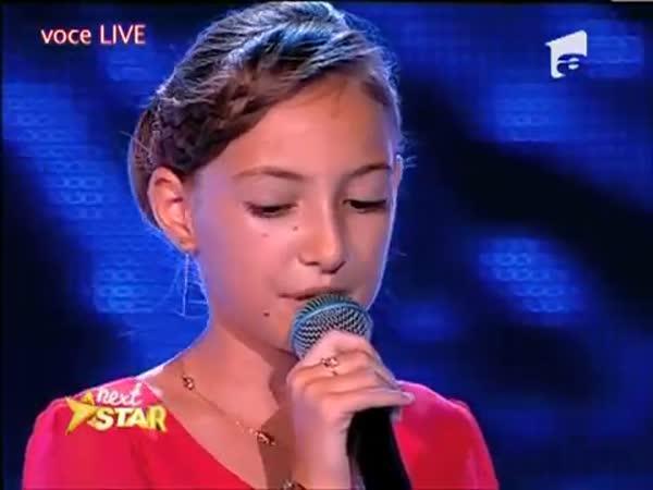 Dvanáctiletá výborná zpěvačka