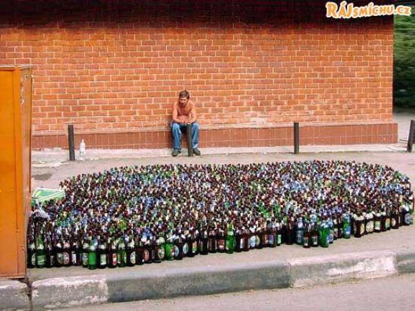 OBRÁZKY - Za vším hledej alkohol #14