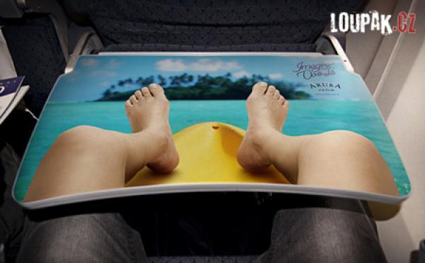 OBRÁZKY - Originální reklamy v letadle