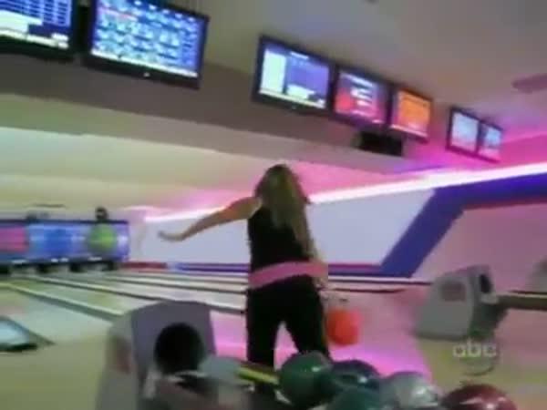 Nehoda na bowlingu