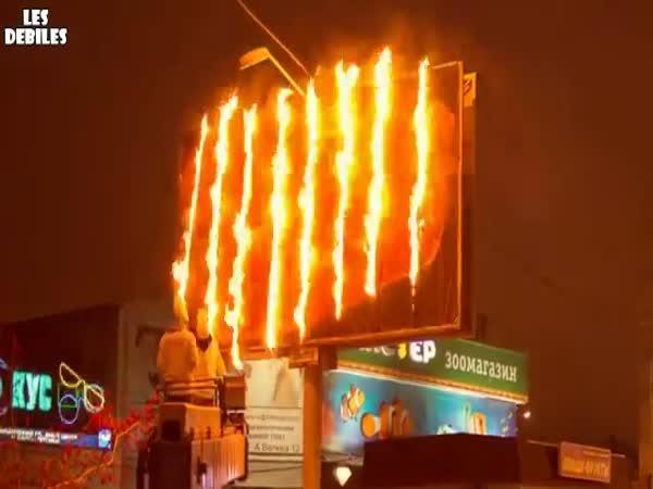 Interaktivní billboard - grilované maso