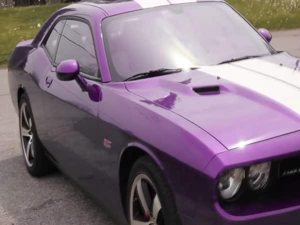 Auto co mění svoji barvu