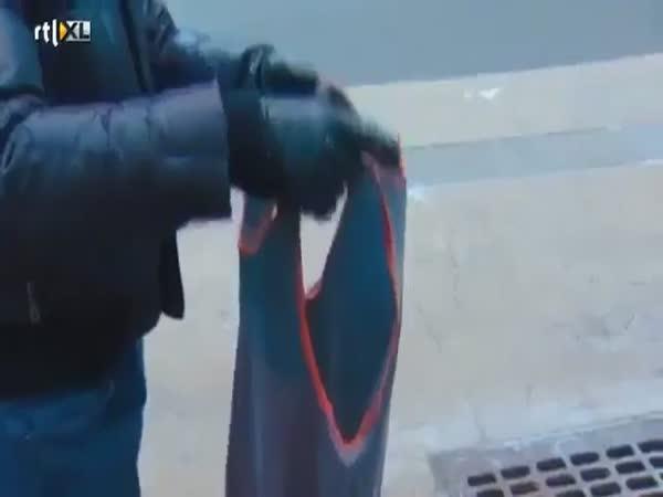 Mokré tričko v silném mrazu