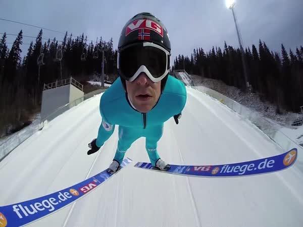 GoPro - Skok na lyžích