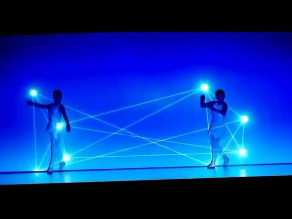 Něuvěřitelný tanec se světlem