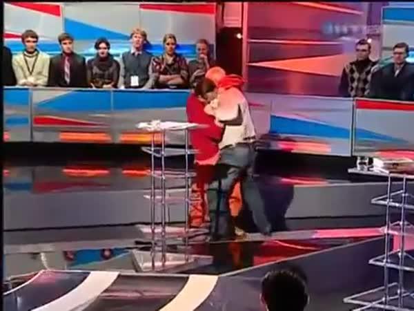 Rvačky v televizní show - Rusko