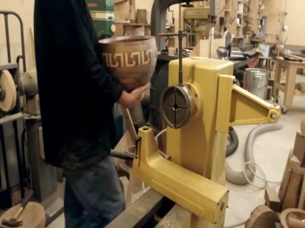 Výroba dřevěné misky