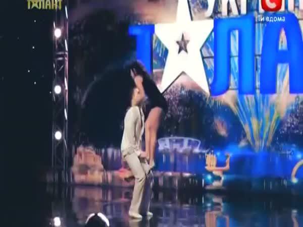 Šokující vystopení - gymnasti
