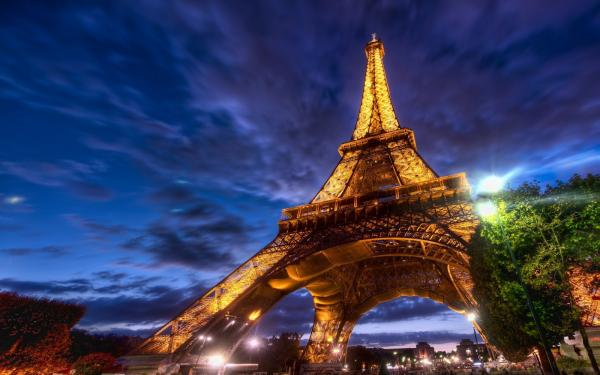 Suvenýr z Paříže