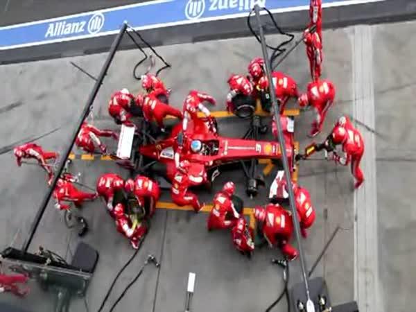 F1 - Nejlepší pit stop roku 2013