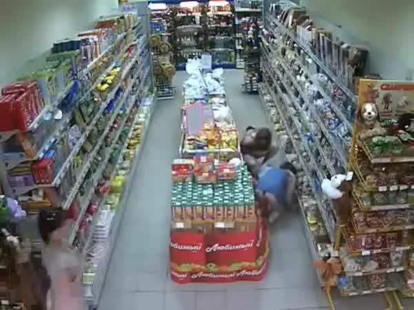 Normální den v ruském supermarketu