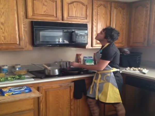 Když muž vaří
