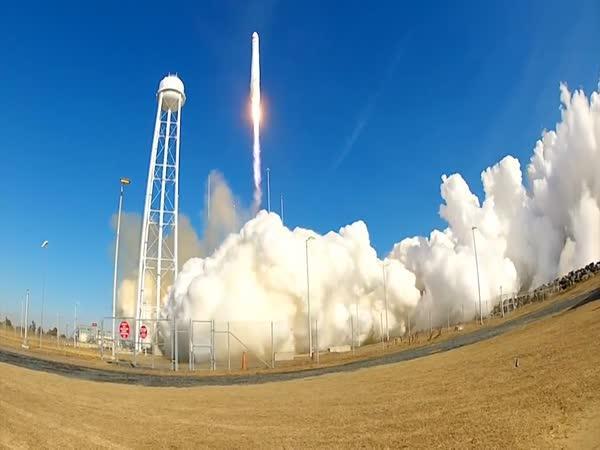 GoPro - start vesmírné rakety