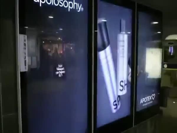 Povedená reklama - Starejte se o své vlasy