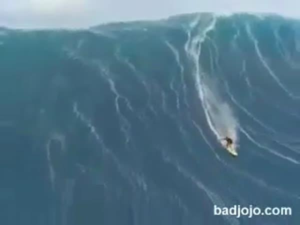 Velice velká vlna