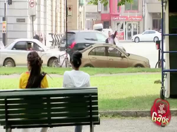 Nachytávka - Pohlídáte mi auto?