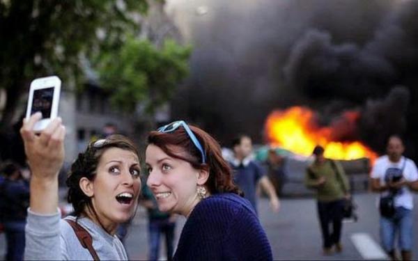 GALERIE - 16 nejšílenějších selfie