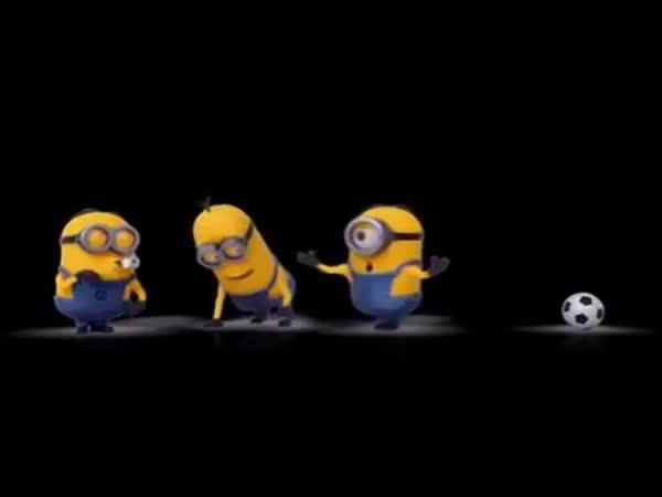 Animace - fotbal a mimoňové