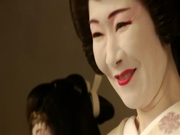 Nejstarší gejša na světě