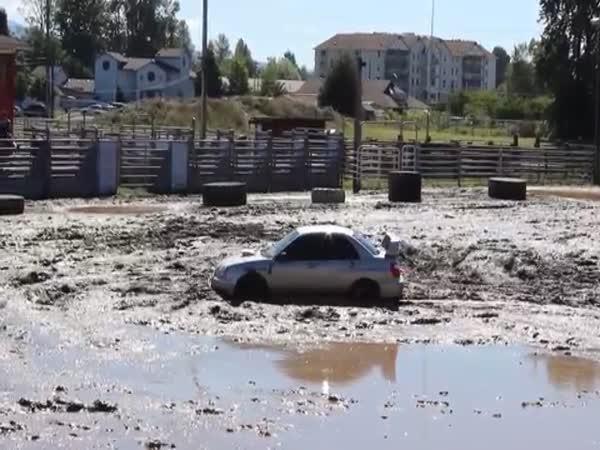 Subaru Impreza WRX STI vs. bláto
