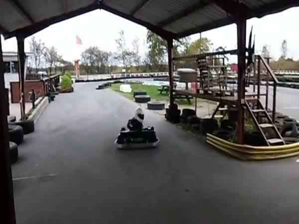 Motokáry - Zaparkovat jako boss