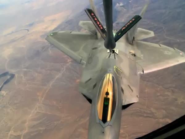 Americká stíhačka - F-22 Raptor