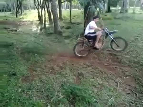 Motorková houpačka