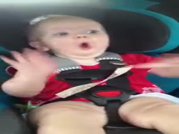 Jak zastavit pláč holčičky?